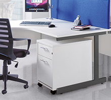 Contract 25 Cantilever Desks