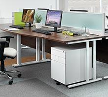 Maestro 25 xL Cantilever Desks